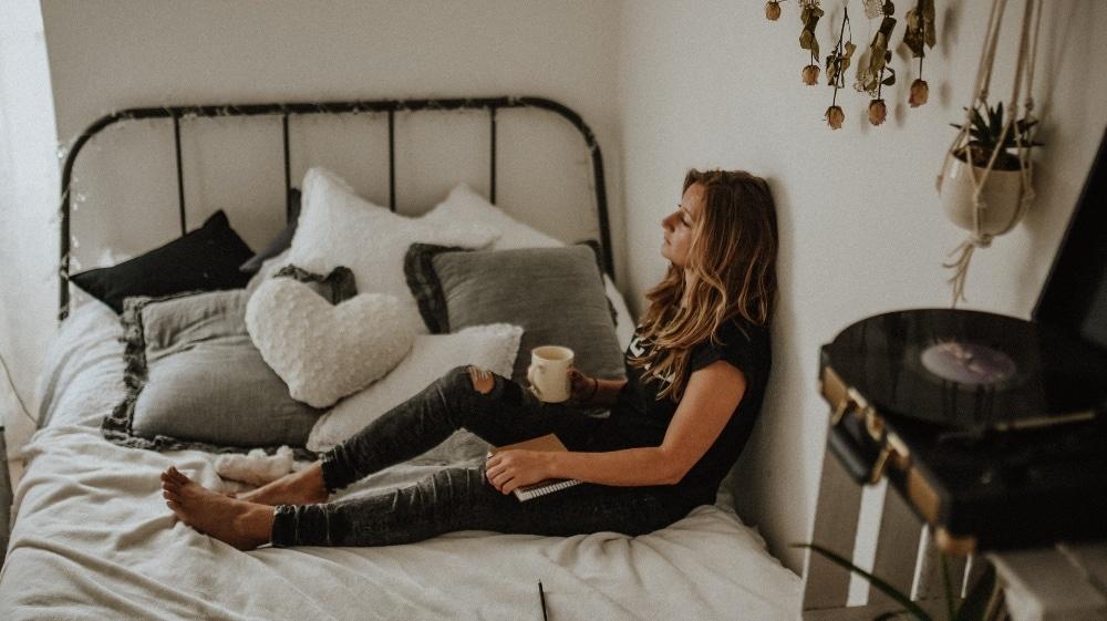 Student in her dorm room