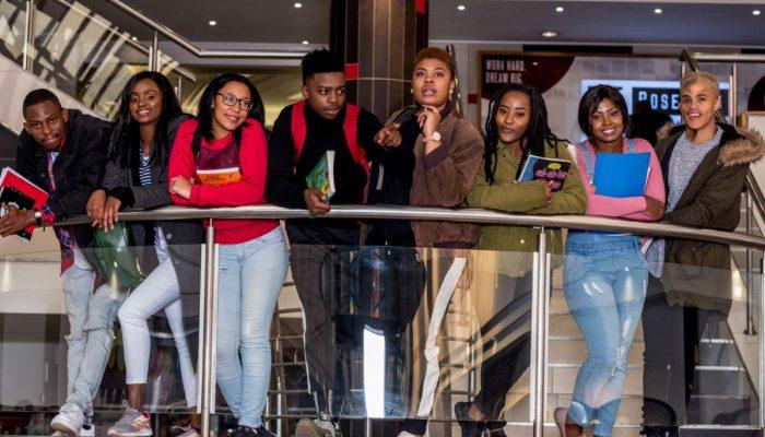 Rosebank-College-Splash-Image-3